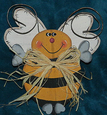 Adorable Primitive Hand Crafted Hand Painted Wood Bumble Bee!!