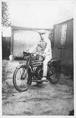POSTCARD  VINTAGE  MOTORCYCLE   ReG NO.  CT 3209