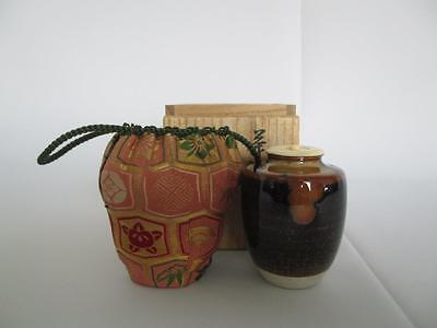 Japanese Seto ware tea caddy Chaire w/signed box by Teiichi. O/ nice lid/ 6231