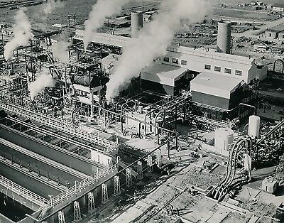 PORT NECHES c. 1950 - Synthetic Rubber Industry Texas USA - GF 404