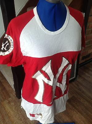 Ladies - Red & White NBA New York Yankees  SX XS official T/Shirt / Top