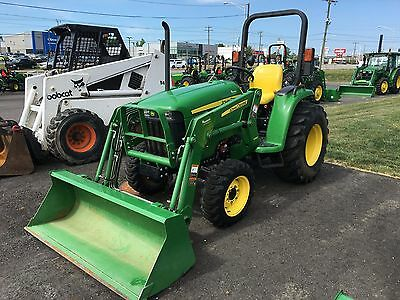 USED John Deere 3032E Tractor Package