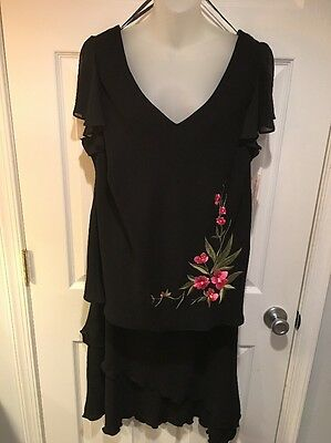 NWT Dress Barn 18w 2 Piece Skirt Top Set / Suit Black With Floral Detail