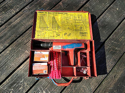 HILTI DX 350 DX350 Piston Drive Tool Nail Gun Actuated With Case & Extras