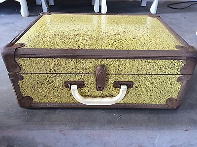 Vintage Wooden Yellow Trunk Metal Hardware No key Plaid Lining