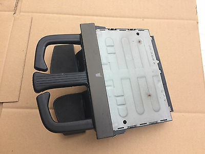 1998-04 VW GOLF MK4 BORA DASH MOUNTED CUP HOLDER net Optic front later style