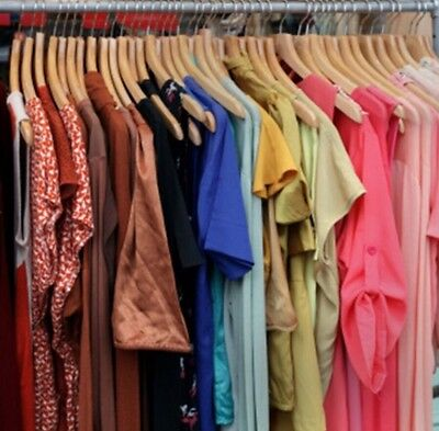 Women's 25 Piece Wholesale Bulk Assorted Pre-Owned Clothing Lot Mixed Sizes