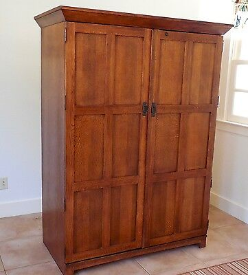 Stickley Style Mission Oak Entertainment Cabinet or Computer Cabinet