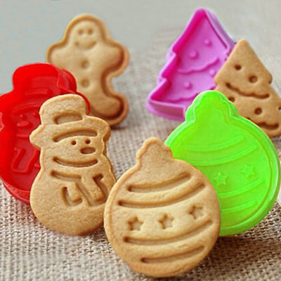 New 4pcs 3D Biscuit Mold Christmas Trees Snowman Cake Toppers Mold Baking Tool