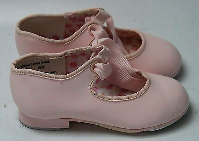 New With Box Girl's CAPEZIO Pink Tap Shoes Size 7.5M