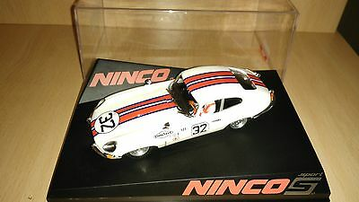 Scalextric ninco JAGUAR E TYPE coupe sebring
