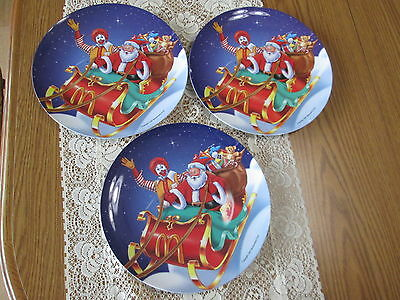 1997 Ronald McDonald and Santa Set of 3 Christmas Plastic Dinner Plates - EUC