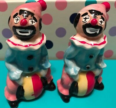 Vintage Porcelain Hand Painted Clown Salt And Pepper Shakers -Made In Japan