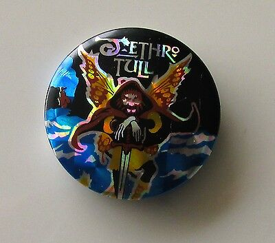 JETHRO TULL VINTAGE METAL BUTTON BADGE FROM THE 1980's BROADSWORD IAN ANDERSON