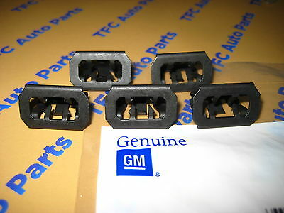 5 Chevy GMC Front Grille Retainer Clip OEM Genuine GM  Set of 5