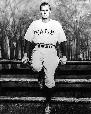 1948 Yale GEORGE H W BUSH Glossy 8x10 Photo NCAA College Print Poster Portrait