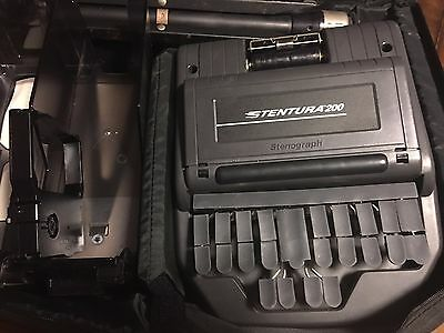 Stenograph STENTURA 200 Court Reporting Dictation With Bag and tripod