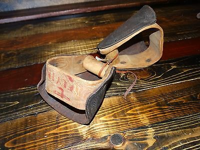 17889 Vintage Old West Saddle Stirrups Bona Allen the Maker of Roy Roger saddle