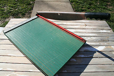 Guillotine Cutter Paper Trimmer Photo Material Premier 17x11 Model 415 Office