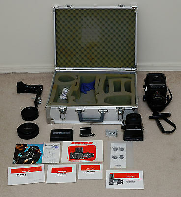 Mamiya RB67 Professional SLR Film Camera with 90mm f/3.8 lens, accessories, case