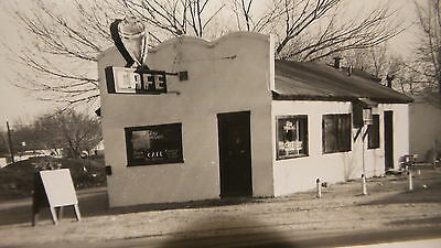 Vintage Unsent RPPC  CAFE, RAY CORRIGAN'S Top Cafe Postcard