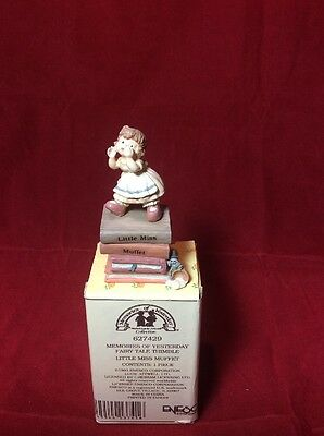 """NOS Enesco LITTLE MISS MUFFET 627429 """"Memories of Yesterday"""" Fairy Tale Thimble"""