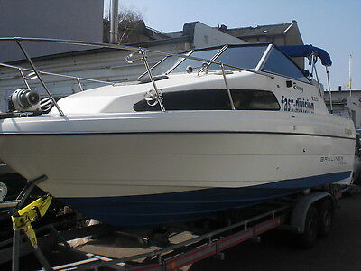* Motorboot BAYLINER 2252 Classic *