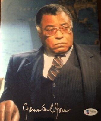 James Earl Jones signed autographed 8x10 Photo Hunt For Red October BECKETT BAS