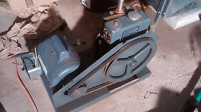 Sargent Welch DUO-Seal Vacuum Pump 1405 1/2 HP Electric Motor