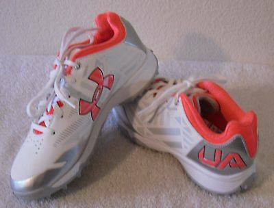 NEW Under Armour UA Finisher II TF Womens Turf Shoes 6.5 White/Neo Pulse MSRP$65