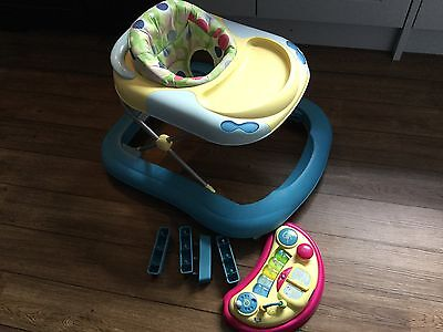 Baby Acivity Walker Chicco DJ. Collection: SO15