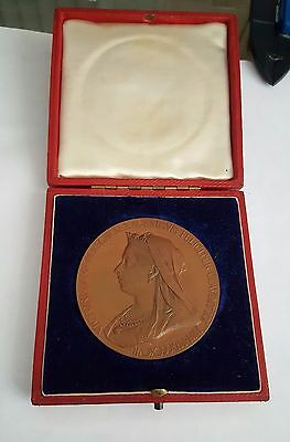 Great Britian 1837-1897 Queen Victoria Diamond Jubilee Bronze Medal Boxed