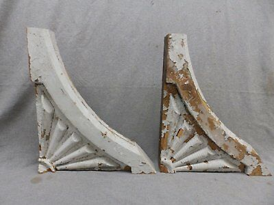 Antique Pair Wood Gingerbread Corbels Shabby Cottage Chic Vintage 327-17R