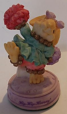 1992 Ganz Little Cheesers Hip Hip Hooray Mouse Figurine 05635 - China
