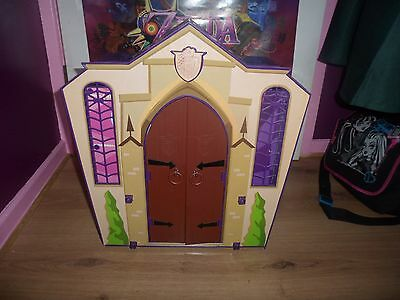 Monster High School playset with 13 Dolls and lots of accessories