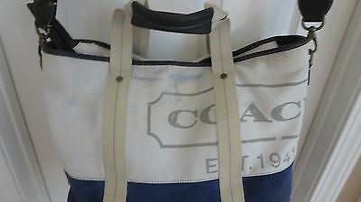 authentic coach travel bag carry on luggage/ duffel /gym /bag retail325. strap