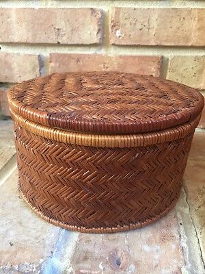 Vintage Woven Rattan Chinese Asian Round Basket with Lid