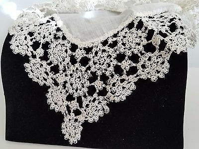 """Antique Linen Tatted Fine Deep Wide lace wedding bridal hanky 2 1/4"""" Lace Border"""