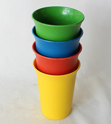Tupperware Kids Bell Tumblers set of 4 Yellow Red Green Blue Retro