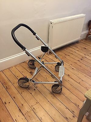 MAMAS AND PAPAS Urbo 2 Chassis With Wheels Red Brake Fits Sola Zoom Seats