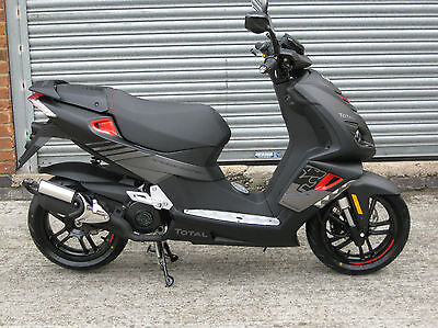 Peugeot Speedfight 4 50cc Total Sport 2017  Air cooled