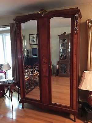 1920s Antique American Arts Decortif Armoire with En Suite and Bedside Tables.