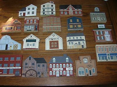 MIXED LOT of 18 Retired   CAT'S MEOW VILLAGE BUILDING PIECES
