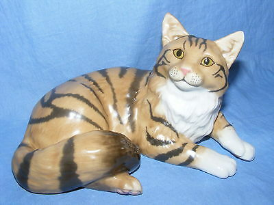 John Beswick Connoisseur Collection Cat Maine Coon Brown Tabby JBCOC3
