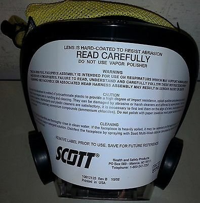 NEW Scott AV3000 AV 3000 SCBA Fire Rescue Mask S Small NIB w/ Kevlar Head Piece