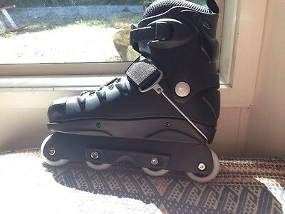 no fear aggressive rollerblades size 8 black with two wheel tighteners