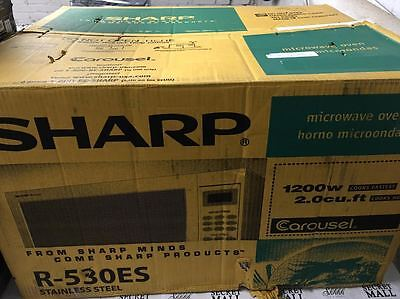 Sharp R530es 2 0 Cu Ft Deluxe Full Size Microwave Oven Stainless Steel