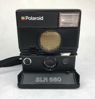 RARE VINTAGE POLAROID SLR 680 AUTO FOCUS INSTANT LAND CAMERA for 600 FILM SLR680