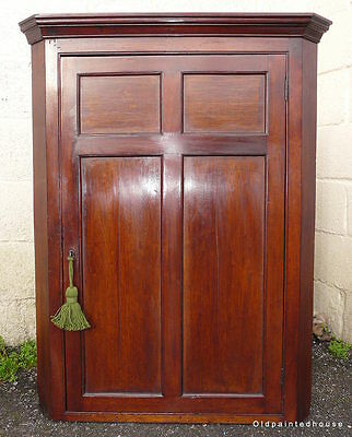 Delightful Mahogany Victorian Corner Cupboard With Key
