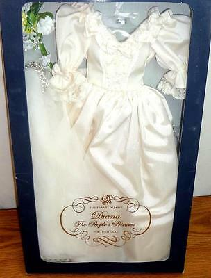 "Franklin Mint Princess Diana Royal Wedding Gown Ensemble Complete fits 16"" Doll"